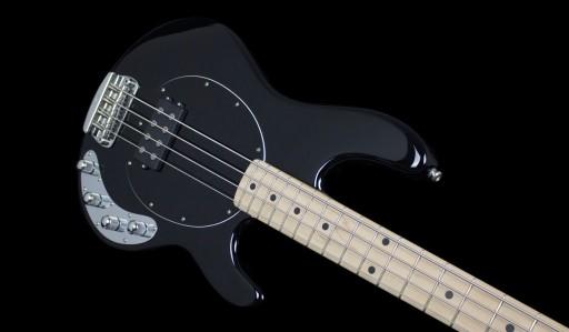 musicman-stingray-4-black-bass-[2]-1325-p.jpg